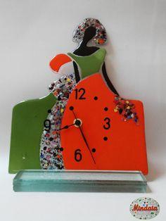 """Pieza diseño """"menina"""" vidrio multicolor.Reloj  de vidrio  de ElRincondeMindaia en Etsy"""