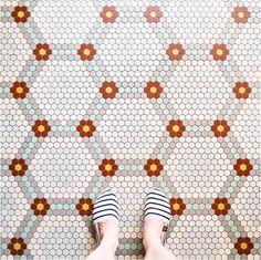 Parisian Floors – Documenter les plus beaux carrelages de Paris sur Instagram (image)