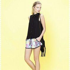 La mejor pinta para hoy sábado es estar cómoda!...#mujer #moda #estilo