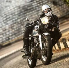 of the SRBC in Hong Kong. International love Photo by Triumph Cafe Racer, Triumph Motorcycles, Vintage Motorcycles, Vespa, Cafe Racer Style, Cafe Style, Half Helmets, Sr500, Motorcycle Types