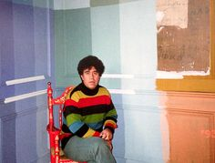 Pedro Almodovar is choosing wall colors for the sets of Carne Tremula (Live Flesh)