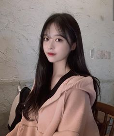 Pretty Korean Girls, Beautiful Asian Girls, Pretty Girl Face, Pretty And Cute, Ulzzang Korean Girl, Uzzlang Girl, Grunge Girl, Girl Haircuts, Aesthetic Girl