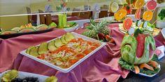 Comedor:  Degustar la cocina tradicional mediterránea y la gastronomía internacional en nuestro buffet, con nuestros servicios de todo incluido.     Bar:  Además de tomar una copa con tranquilidad, usted y su familia podrán disfrutar de música en vivo y participar en shows brasileños, espectáculos de flamenco, magia, etc.