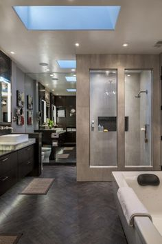 Modern master bathroom (12)