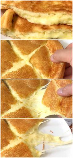 Receita: Pão de Queijo de Frigideira Super dica saudável e deliciosa para o café da manhã!!!! Muito fácil de fazer,não contém glúten!!!! #receita #gastronomia #culinaria #comida #delicia #receitafacil #cozinha #lanche #paodequeijo #paoqueijofrigideira #queijofrigideira #receitapaodequeijo