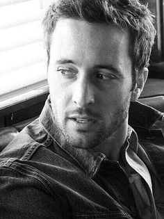 Alex O'loughlin - my son watches back to back episodes of Hawaii 5 0