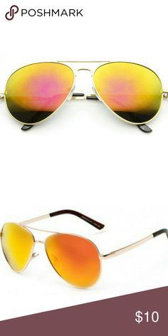 Unisex Gold frame mirrored lens aviator sunglasses Unisex Gold frame mirrored lens aviator sunglasses Accessories Sunglasses