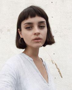 le carré frange コ short bangs fringe bob hair haar coiffure frisur