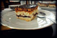 KULINARNE WYSKOKI: Ciasto kruche i miodowe z dżemem, masą budyniową i bakaliami.