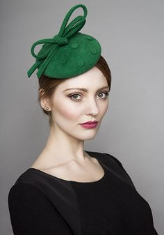 Rachel Trevor Morgan Millinery  Autumn Winter 2015 R15W17 Green felt pillbox with felt spots and bow