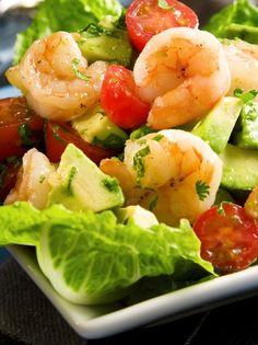 This wonderfully refreshing and tasty avocado shrimp salad boasts cherry tomatoes, fresh herbs, and green onions. The salad is served on a. Sea Food Salad Recipes, Shrimp Salad Recipes, Seafood Salad, Seafood Recipes, Healthy Recipes, Shrimp Avocado Salad, Avocado Salads, Lime Recipes, Think Food