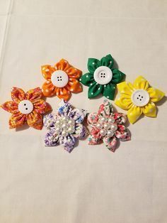 Hey, I found this really awesome Etsy listing at https://www.etsy.com/listing/522029095/flower-hair-clips-small-hair-clip-floral