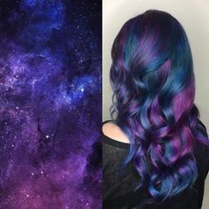Do you find the universe and its mysteries intriguing? Does the night sky dazzle you with its beauty? Then you must give the galaxy hair color trend a try. The blend of azure, cyan and purple will make you feel as if you dipped your hair in stardust. Fall Hair Colors, Hair Dye Colors, Cool Hair Color, Unique Hair Color, Galaxy Hair Color, Peekaboo Hair, Hair Mascara, Pretty Hairstyles, Stylish Hairstyles