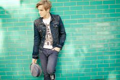 Tom you are too perfect. Giovanna is lucky! Dougie Poynter, Tom Fletcher, Kendall Schmidt, Most Beautiful People, Married Men, Bob Marley, Man Crush, How To Run Longer, Fun To Be One