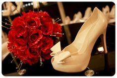 ¡Los listones y moños son elementos característicos de los zapatos de novia!