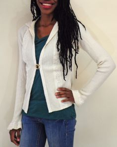 This #cashmere cardigan is perfect for layering in the winter. Love the pretty brooch closure!