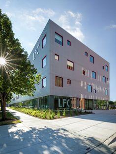 Lycée Français de Chicago / STL Architects