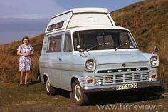 Ford Transit Camper, Motorhome Travels, Classic Campers, Car Images, Vw Bus, Camper Van, Buses, Caravan, Vans