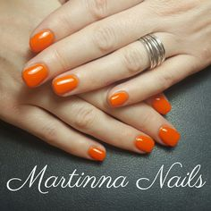 Short orange nails