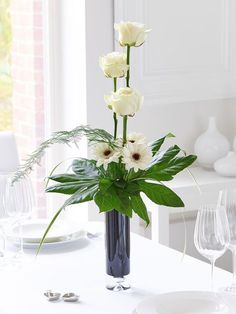 best 25 contemporary flower arrangements ideas on Contemporary Flower Arrangements, Creative Flower Arrangements, Flower Arrangement Designs, Ikebana Flower Arrangement, Church Flower Arrangements, Rose Arrangements, Church Flowers, Beautiful Flower Arrangements, Beautiful Flowers
