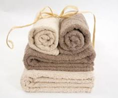 Linen Drawer's stunning Beige & Pebble Towels - Can also be used for pool towels as they are colour fast. South African Homes, Pool Towels, Blankets, Bathrooms, Spa, House Design, Beige, Colour, Canning