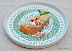 Salată de vinete cu iaurt și usturoi rețeta turcească dietetică Good Food, Yummy Food, Vintage Recipes, Diy Food, Avocado Toast, Eggplant, Keto Recipes, French Toast, Food And Drink