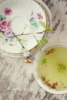 Tea Time by loretoidas, via Flickr