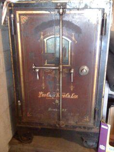 155 Best Safes of old images in 2018 | Antique safe, Coffer