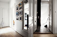 blog decoración nórdica, blog interiores, cocinas blancas, cocinas blancas y madera, cocinas modernas, decoración de interiores, decoración en gris, decoración nórdica, decoración pisos pequeños, decorar casas gris, diseño de interiores, diseño nórdico, estilo nórdico, piso nórdico, sofá gris