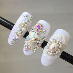 Most Popular Acrylic Nails Diamonds Bling Jewels Ideas Bling Nail Art, 3d Nail Art, Bling Nails, Swarovski Nails, Crystal Nails, Rhinestone Nails, Rhinestone Wedding, Gem Nails, Diamond Nails
