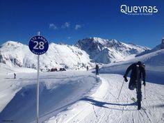 La primavera in Queyras, nelle Hautes-Alpes francesi, è dedicata allo sci... a piccoli prezzi! Dal 14 marzo al 6 aprile 50% di sconto sullo ski pass giornaliero. #montagna #Francia #viaggi