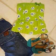 Hollister Green Blue Peplum Top Ruffle M Gorgeous Hollister 100% cotton with smocked back to fit a variety of sizes. 15.5 inches long and strapless. Size M. Good condition.  Looks amazing with jeans and pencil skirts. Hollister Tops Blouses