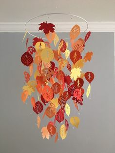 Falling leaves mobile (autumn) red, yellow and orange - boy room mobile,nursery mobile,baby boy mobi Easy Fall Crafts, Fall Crafts For Kids, Thanksgiving Crafts, Holiday Crafts, Diy And Crafts, Arts And Crafts, Paper Crafts, Fall Halloween, Halloween Crafts