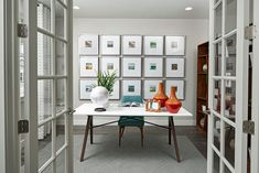 No dull days in this home office! Corporate Office Design, Modern Office Design, Office Interior Design, Office Interiors, Richmond American Homes, Commercial Office Design, Industrial Office Design, Solid Wood Desk, Home Buying