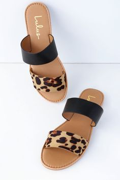 Browse girls sport flip flops, clean water shoes, & more built for coziness & durability. Stylish Sandals, Cute Sandals, Sport Sandals, Slide Sandals, Simple Sandals, Shoe Boots, Shoes Heels, Sandal Heels, Flat Strappy Sandals