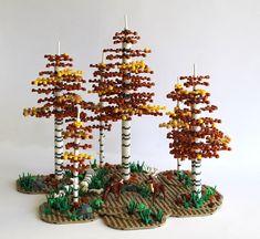 Birch Forest in fall (with Grantmaster's mini deer design) - Lego winter village - Lego Design, Hirsch Design, Lego Tree, Lego Winter Village, Lego Sculptures, Lego Animals, Amazing Lego Creations, Lego Craft, Lego Worlds