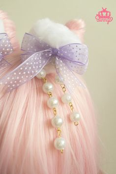 Pair+of+white+pompoms+with+hair+clip+ cute