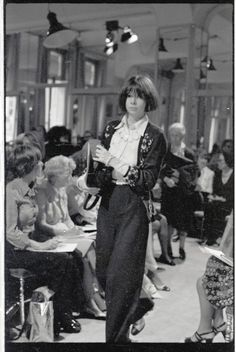 Anna Wintour at the Paris Collections, early 1970s
