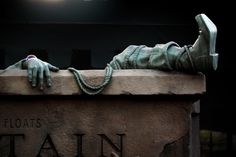 Morbidly Optimistic   photographer: Chloe Rice    location: Haunted Mansion