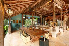 Lihat berbagai tempat luar biasa ini di Airbnb: Eco-luxury, family-friendly villa di Ubud