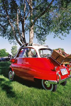 "Nothing says ""cute"" better than an Isetta"
