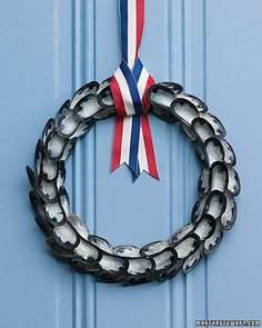 This wreath is really dressed up for summer, thanks to a clambake's worth of mussel shells.