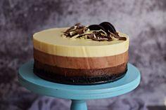 Egyszerű, tripla csoki mousse torta – sütés nélkül, Oreoval – Rupáner-konyha Mousse, Cake Recipes, Dessert Recipes, Desserts, Smoothie Fruit, Cake Tutorial, Oreo, Panna Cotta, Cheesecake