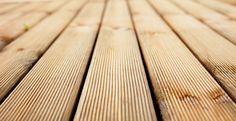 Build a deck of recycled pallets where you can lounge or watch your children play. The project takes you from scrap pallets to a finished painted deck. Deck Over Concrete, Concrete Porch, Concrete Slab, Concrete Footings, Concrete Steps, Building A Floating Deck, Building A Deck, Ground Level Deck, How To Level Ground