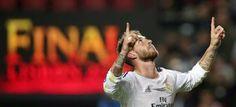 cotibluemos: Sergio Ramos se tatúa la 'Décima' en el gemelo