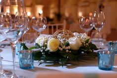 allestimento tavolo matrimonio in Placid blue by Pantone