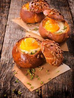 Recette d'Oeufs cocotte en nid de pain