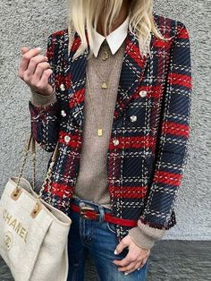 Plaid Jacket Womens woolen loose tartan jackets -chicokay – Outfit Inspiration & Ideas for All Occasions Fashion Mode, Look Fashion, Winter Fashion, Womens Fashion, Ladies Fashion, Feminine Fashion, 50 Fashion, Fashion 2018, Tartan Fashion
