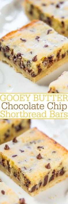 Gooey Butter Chocolate Chip Shortbread Bars Dessert Recipe via Averie Cooks - A buttery shortbread crust topped with a creamy, buttery topping that's almost like custard! The bars live up to their gooey, buttery name! (quick dessert recipes for a crowd) Easy Dessert Bars, Dessert Crepes, Low Carb Dessert, Oreo Dessert, Simple Dessert Recipes, 13 Desserts, Brownie Desserts, Delicious Desserts, Homemade Desserts