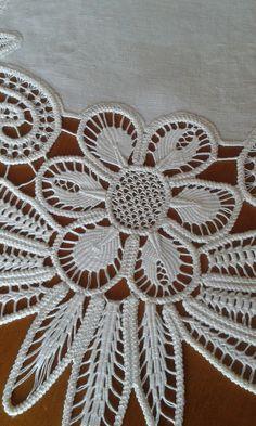 - Her Crochet Hardanger Embroidery, Hand Embroidery Stitches, Beaded Embroidery, Cross Stitch Embroidery, Russian Crochet, Japanese Crochet, Irish Crochet, Crochet Cord, Freeform Crochet